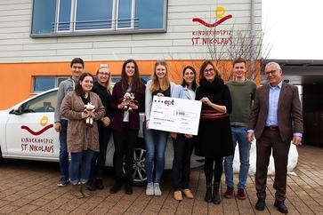 Spendenübergabe an das Kinderhospiz St. Nikolaus in Bad Grönenbach.